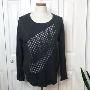 Nike long sleeve top, super soft, relaxed fit